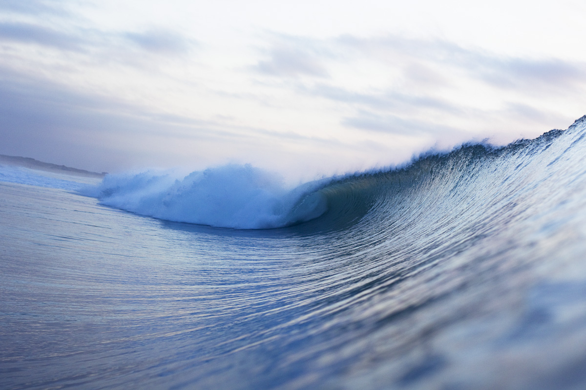 Morning-glassy-wave