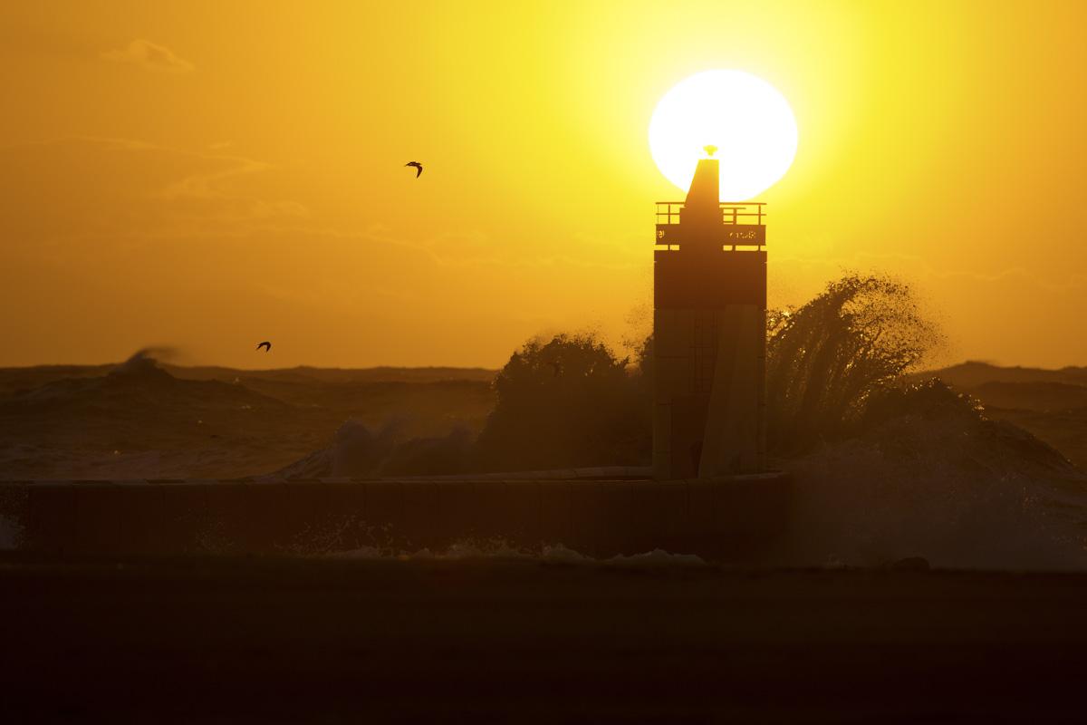 Lighthouse-Sunset-Impact